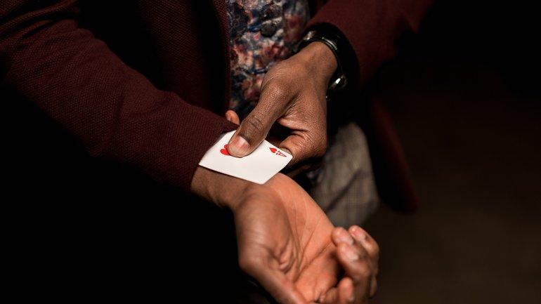 Ass im Ärmel Karten Kartenspiel