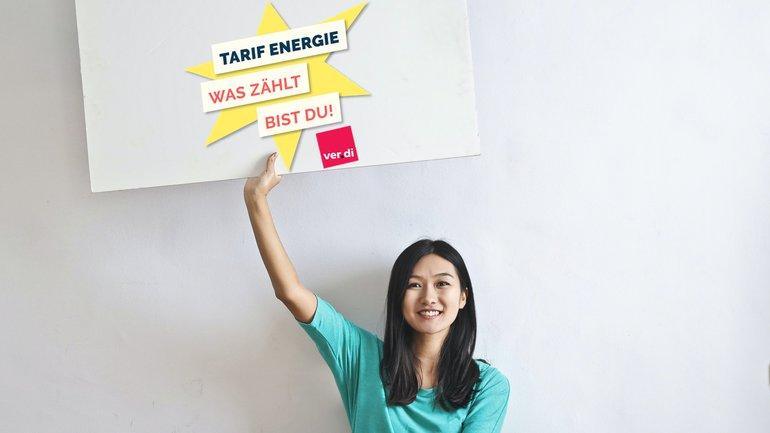 Junge Frau Tarif Energie Logo
